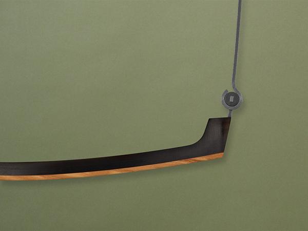 眼鏡不只是工具,更是一副完美的搭配單品,它能襯托出氣質、為一身裝扮加分,更能突顯其個人品味,因此,必久戴眼鏡始終堅持從世界各地搜羅精品眼鏡品牌,讓此融合光學與美學的工藝,能夠傳達給台灣消費者。來自丹麥的LINDBERG以其工藝技術在國際上獲獎不斷,是歐洲皇室的愛品。而來自美國的CHROME HEARTS,銀飾起家的鑄造技藝運用在眼鏡上,更是標誌性的創作,為全球豪奢品牌之一。