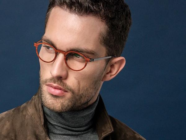 顧客也可依喜好選擇鏡框形狀和顏色,隨著個人臉型將鏡架調整最佳適配狀態,量身化的精良製作,重新定義消費者對傳統眼鏡的認知。而必久戴眼鏡是全台擁有最多LINDBERG款式展售的指標專家,更是LINDBERG 品牌總裁Mr. Henrik Lindberg唯一親訪並聯手舉辦VIP展示會的第一鑑賞店。