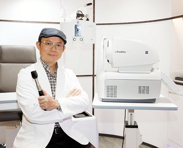 必久戴眼鏡經營者王明智 Visual Tech Optical Michael Wang Zeiss Refraction center Taiwan